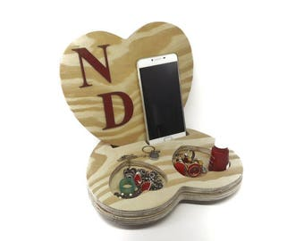 Unique Gift,Wooden Heart,Pine Wooden Phone Stand,Wood Dock Station, Charging Dock,Iphone Dock,Docking Station,Cell Phone Stand, Organizer