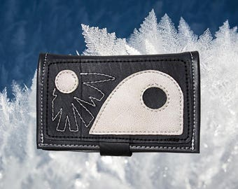 Ethnic tobacco pouch in inner tube recycled and black and white leather