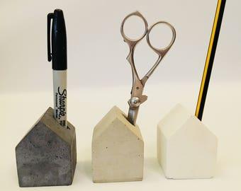 Concrete house pen holder office work school desk organiser storage desk tidy