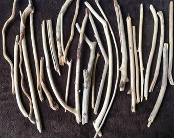 250 gram of Mediterranean Driftwood - between 25 and 35 units