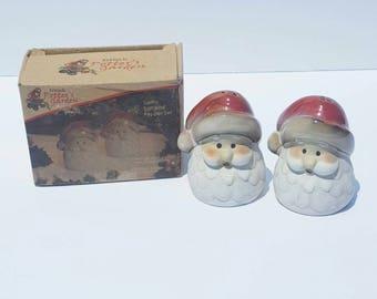 Vintage Santa salt and pepper shaker. Christmas.