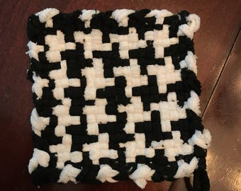 Black and White Checked Pot Holder