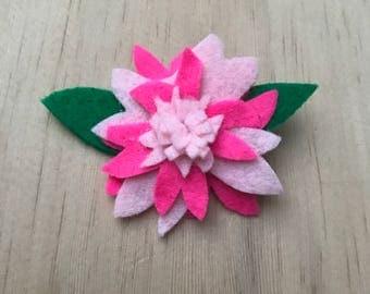 Felt Flower Hair Clip - large pink