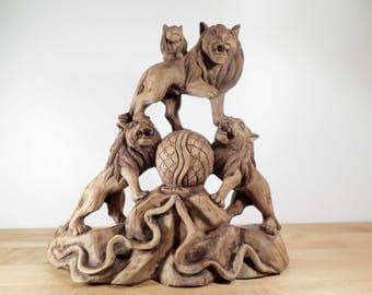 Grande sculpture aux lions en bois massif - Lions wood sculpture