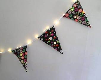 Kids Halloween Party Decoration Prelit Flags with LED Lights 10 Feet Long Outside Hanging Lighted Bunting Decorations Halloween Banner Decor