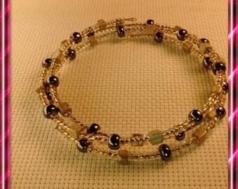 Bracelet multi strand grey