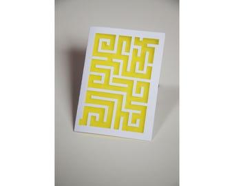 "Card ""Labyrinth"""