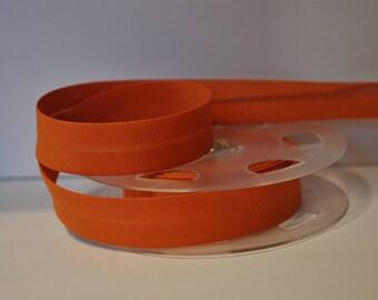 bias bound by 2 meters burnt orange color 841 2cm / 20mm wide DMC Fillawant