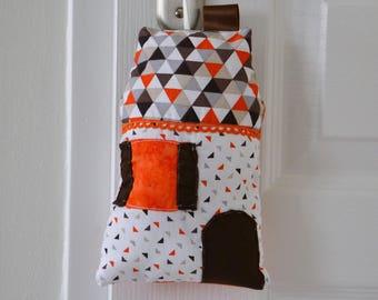 Cottage hanging Orange, Brown, white