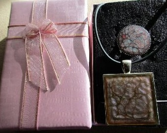 Jewelry painted pendant gift box + ring