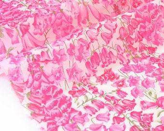 20% Tana Lawn Birkbeck 87x116cm-Rose Liberty fabric