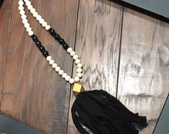 Tassel necklace black & gold/ long tassel necklace / silk tassel
