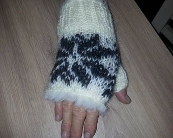 Hand Knit 100% Sheep Wool Gloves/Warmers