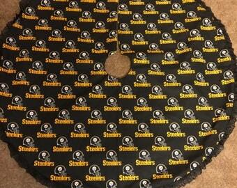Black Pittsburg Steelers Tree Skirt