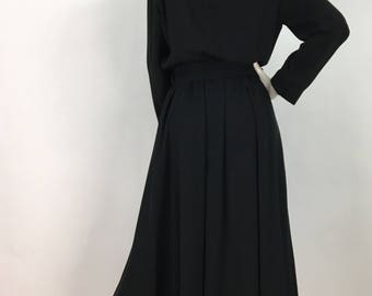 1980s dress suit/80s black midi dress