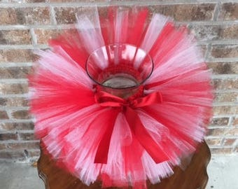 Christmas tutu, red and white tutu with bow, candy cane tutu,  girls tutu, red and white Christmas tutu,  toddler tutu,  1st Christmas, tutu