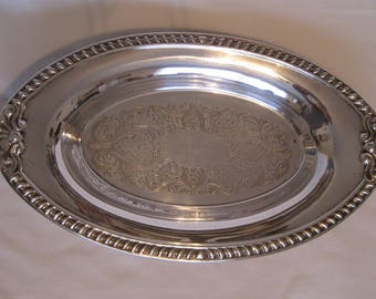 Beautiful American Silverplate Bread Tray with Gadroon and Shell Trim