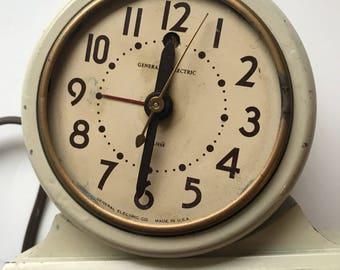 General Electric Vintage Alarm Clock