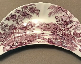"A Purple ""Tonquin"", Royal Staffordshire, Dinnerware by Clarice Cliff, Made in England."