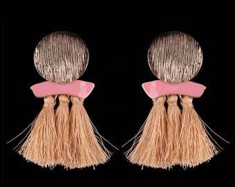 Beige brushed metal tassel earrings