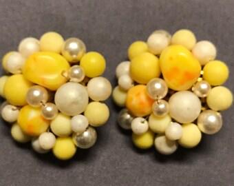 Vintage 50's clip-on earrings