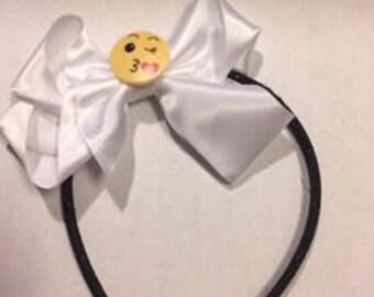 Kiss Emoji Bow Headband