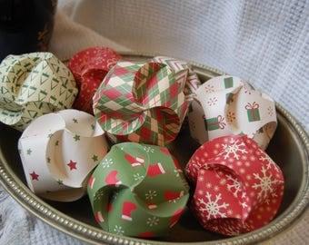 Decorative Christmas Paper Swirl Ornaments (Set of 8)
