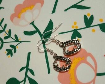 Handmade Fang teeth grunge earrings