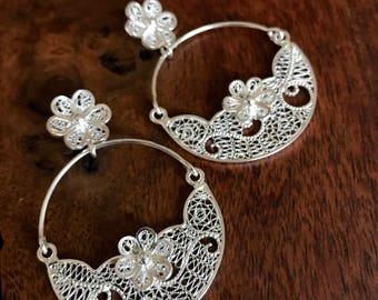 Filigree Half Moon Floral