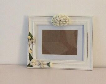 Frame shabby chic flowers