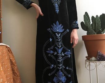 1960's Indian black velvet long sleeve maxi with blue floral embroidery • Vintage • Hippie • Bohemian • India • Embroidered • Gypsy • Witchy