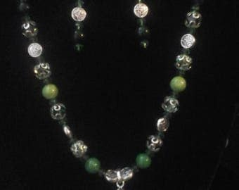 Celtic trinity necklace and earrings