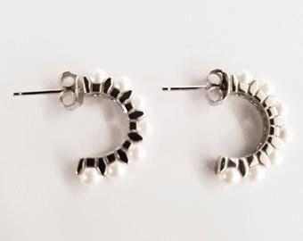 Pearl Earrings/Pearl earrings