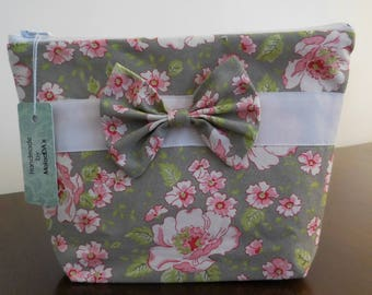 Womens gift cosmetic bag floral with a nice bow project bag knitting bag