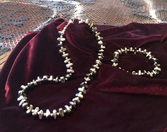 Great two-coloured hematite-set (necklace and bracelet)