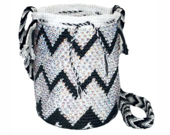 Mini Wayuu Bag-mini Wayúu ZigZag backpack decorated in stones