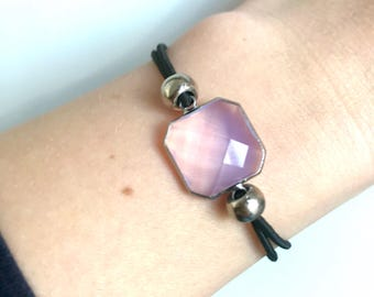 Adjustable bracelet with pale pink opal between piece