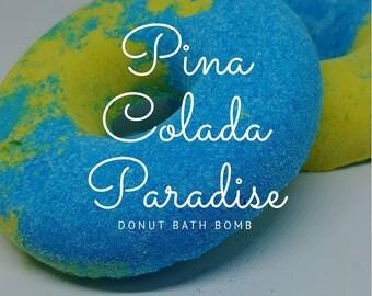 Pina Colada Paradise Donut Bath Bomb, Paradise, Pina Colada, Ocean Blue, Relaxing, Moisturizing, Best Bath Bombs, Vacation, Island Escape