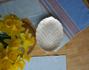 Leaf Design Dish