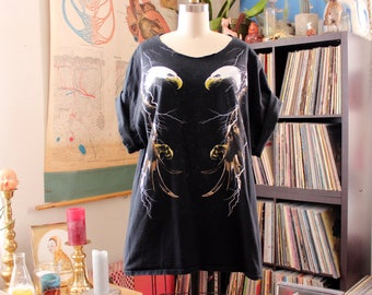 vintage bald eagle and lightning bolt t-shirt with cut out neck . womens 2x black biker tee