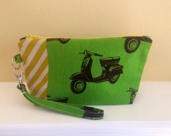 The Essential Zipper Wristlet- Echino Scooters