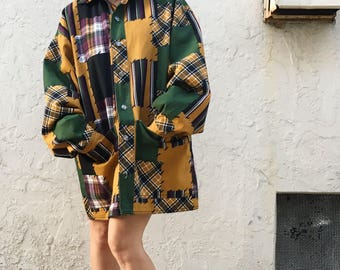 Vintage 90s patch look quilted jacket