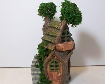 Miniature garden Tree house with moss: Fairy, gnome, terrarium house