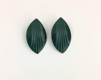 Vintage Hunter Green Leaf Earrings