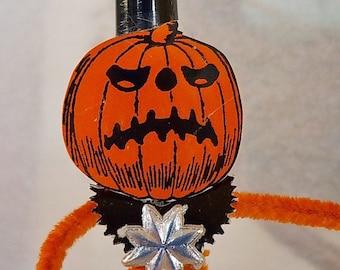 Pipe Cleaner Jack O' Lantern Figure / Vintage Craft Supplies / Free-Standing Figure / Vintage Style / Halloween / Vintage Graphics