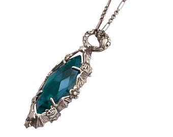 Marquise Necklace Green