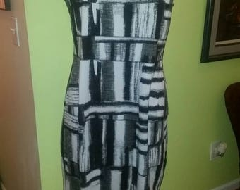 Calvin Klein Classic Black and White Graphic Print Dress