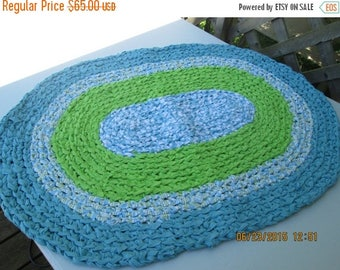"25% OFF STORE SALE Crocheted Oval Rag Rug Aqua and Hot Green 31""x23"""