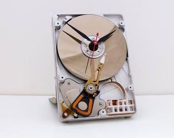 computer parts gift clock, recycled geek gift, Birthday gift, recycled computer gift, Upcycled Computer Hard Drive Clock, PC design clock
