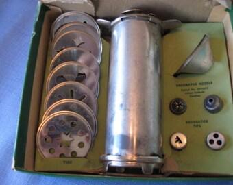 Vintage  Combination Cake  DECORATOR   Cookie   Maker  in the original Box